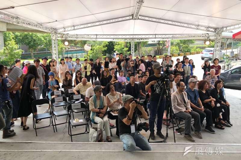 台北數位藝術中心16日重新開幕,舉辦「終身保固-家電羅曼史」開幕記者會,邀請民眾一同認識、親近數位藝術。(黃宇綸攝)