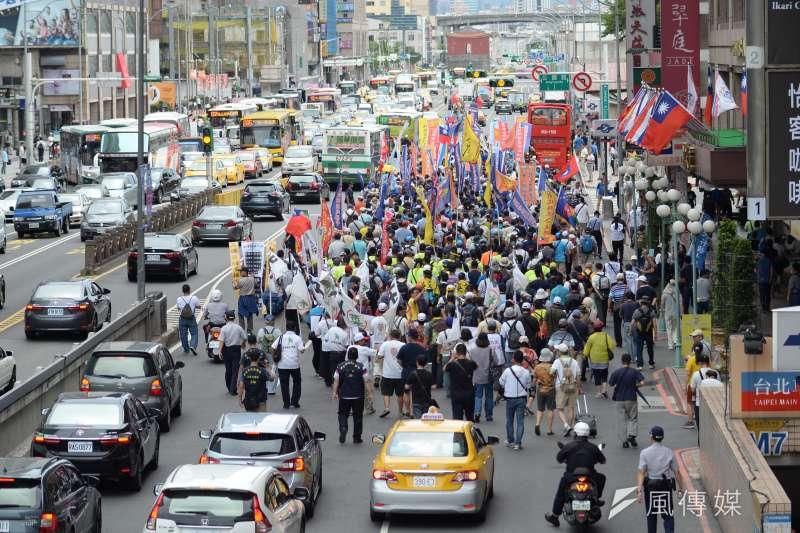 勞保年改是否會再如軍公教年改一樣引發各種抗議潮?(資料照片,甘岱民攝)
