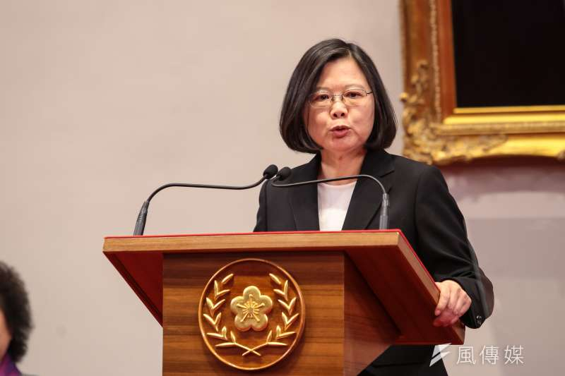 總統蔡英文表示,年金新制上路,她要謝謝包括退休軍公教同仁的體諒、支持與智慧。(資料照,顏麟宇攝)