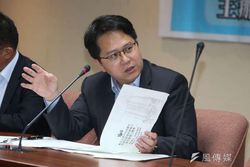 高雄選出的民進黨立委邱志偉,緊盯高雄利多。(資料照片,陳明仁攝)
