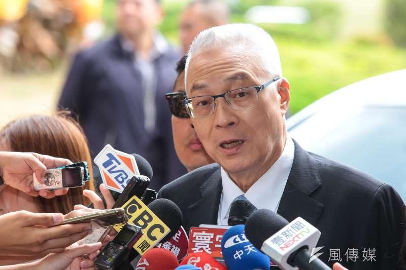 國民黨主席吳敦義表示,社會發生多件殺人分屍事件,至今已累積43人三審定讞被判死刑,卻遲未執行。(顏麟宇攝)