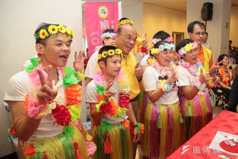 20180707-民進黨新北市長參選人蘇貞昌7日出席天元道脈愛心園遊會。(顏麟宇攝)