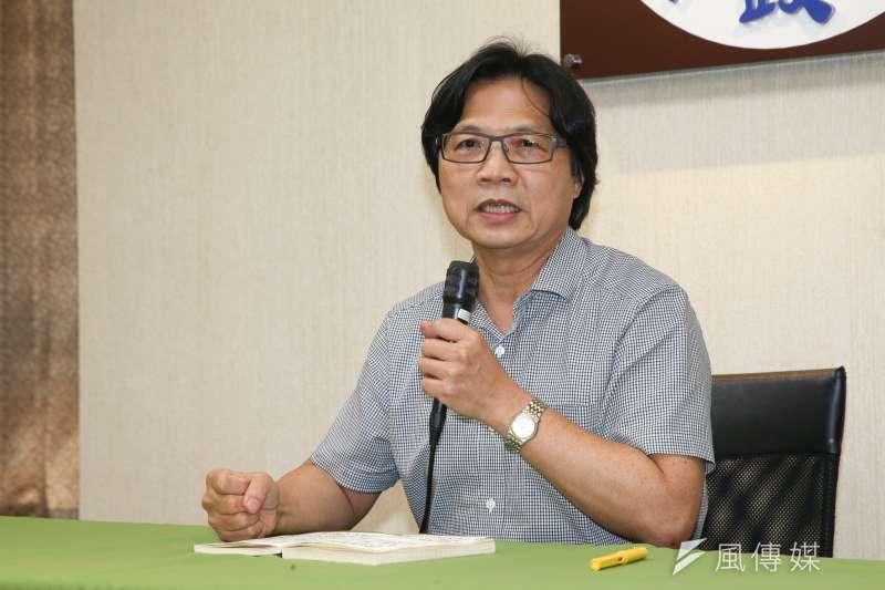 內政部長葉俊榮將轉任教育部長,他今天召開記者會,談及二次「撩下去」心路歷程,也表示台大校長遴選風波將儘快解決。(陳明仁攝)
