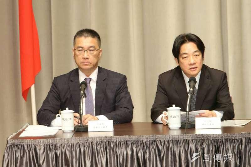 行政院長賴清德12日與即將轉任內政部長的發言人徐國勇,宣布內閣改組。(陳明仁攝)