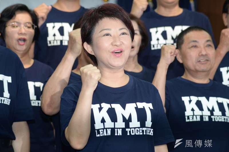 TVBS民意調查中心公布年底六都市長選舉最新民調,國民黨參選人盧秀燕小贏現任市長林佳龍6個百分點,兩人的支持度分別為39%與33%。圖中為盧秀燕。(資料照,甘岱民攝)