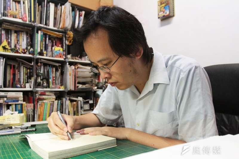 20180715-漫畫家李隆杰接受專訪。(陳韡誌攝)