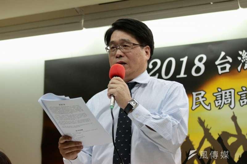 民進黨主席補選開放登記第3天,台灣民意基金會董事長游盈隆12日宣布他將參選民進黨主席。(資料照,陳韡誌攝)