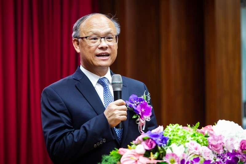 20180716-財政部長交接典禮,政務委員鄧振中致詞。(甘岱民攝)