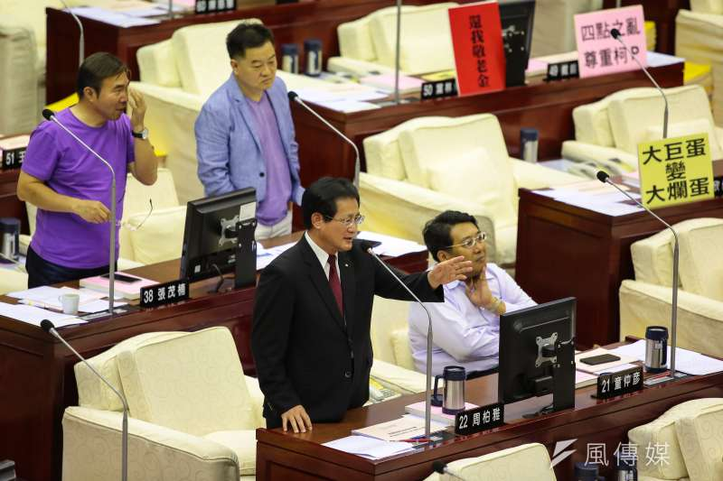 20180717-民進黨台北市議員周柏雅17日於北市議會質詢。(顏麟宇攝)