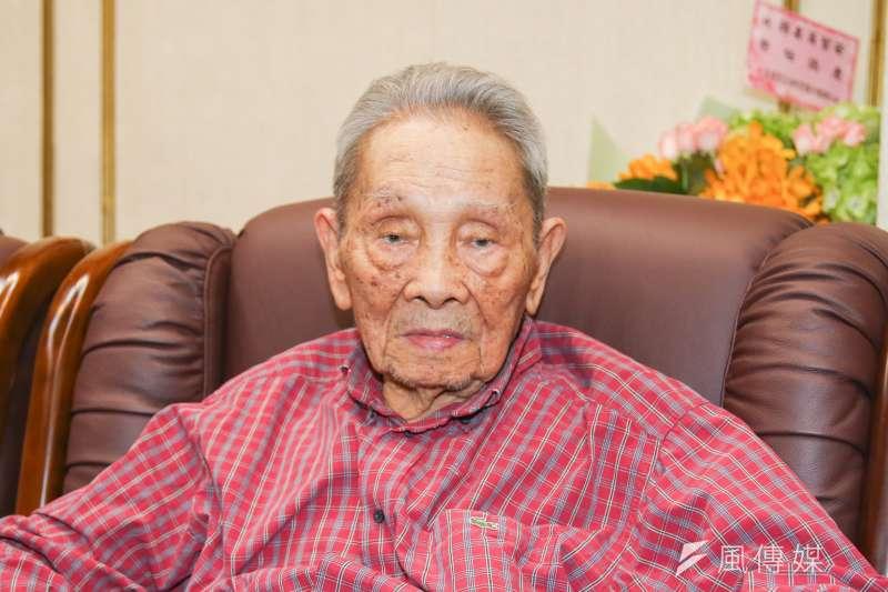 客家文學家鍾肇政(見圖)今(16)日晚間7時許在桃園龍潭老家過世,享耆壽96歲。(資料照,陳明仁攝)