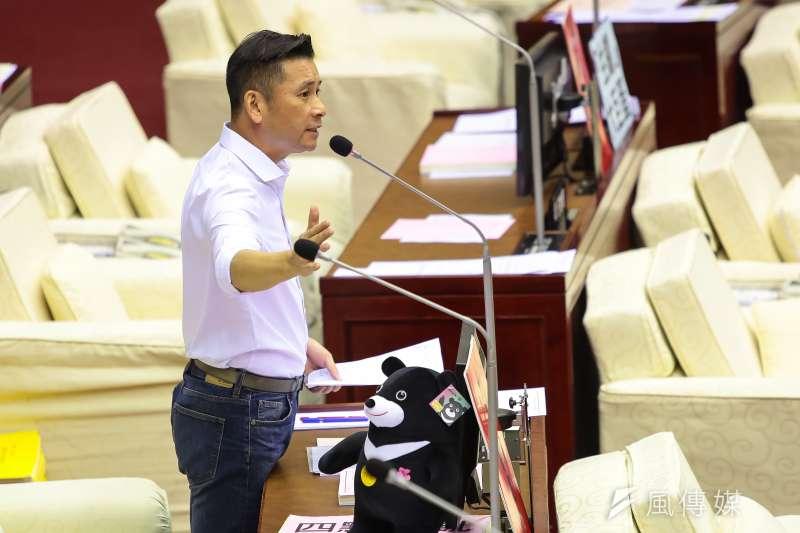 20180717-國民黨台北市議員岱戴錫欽17日於北市議會質詢。(顏麟宇攝)