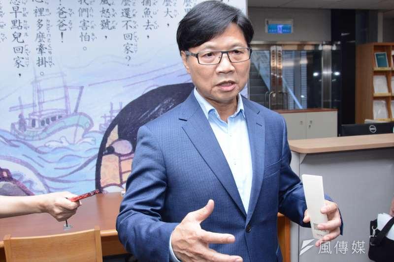 新任教育部部長葉俊榮要用兩個月處理台大校長人事案,就怕兩個月後民進黨的選情將惡化到積重難返。(龍德成攝)