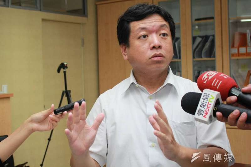 20180718_台北市社會局長許立民因借調期滿,將在本月底離職,8月回台大醫院任職 。(方炳超攝)