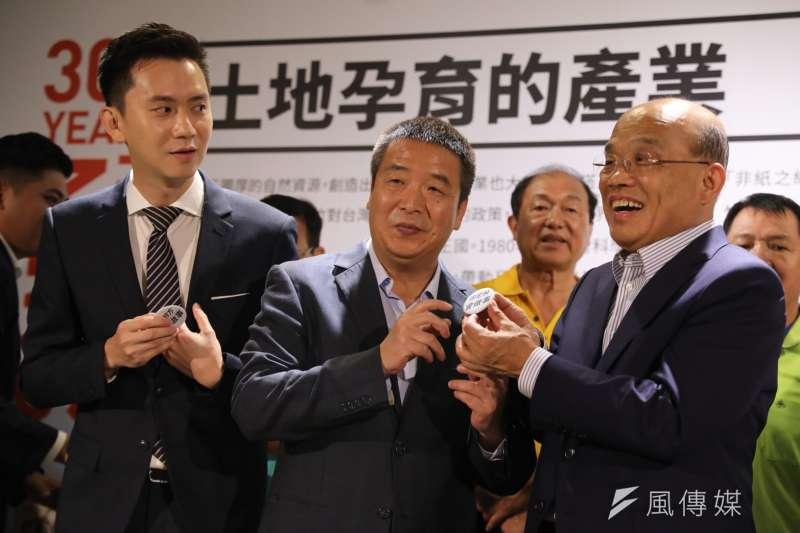 20180723_蘇貞昌(右起)、徐定楨、鄭朝方出席新竹三百博覽會。(蘇貞昌辦公室提供)
