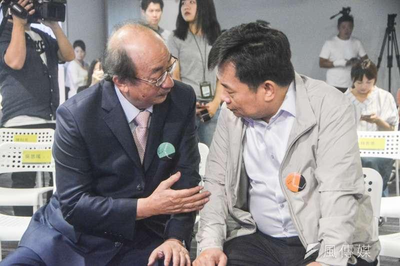 20180724-民進黨新北市長參選人蘇貞昌政策主軸發表會,民進黨立法院黨團總召集人柯建銘(左)與民進黨選對會召集人林錫耀(右)出席。(曾定嘉攝)