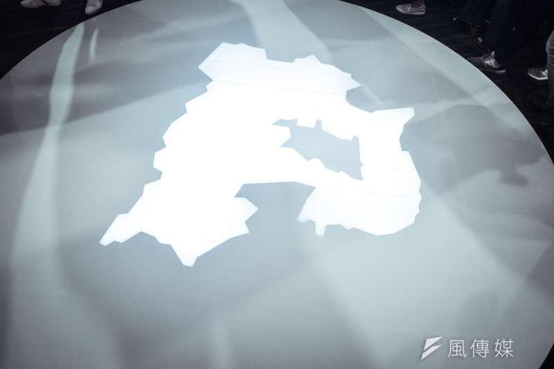 20180724-民進黨新北市長參選人蘇貞昌政策主軸發表會,主打三百六十度環形舞台,中圖為新北市。(曾定嘉攝)