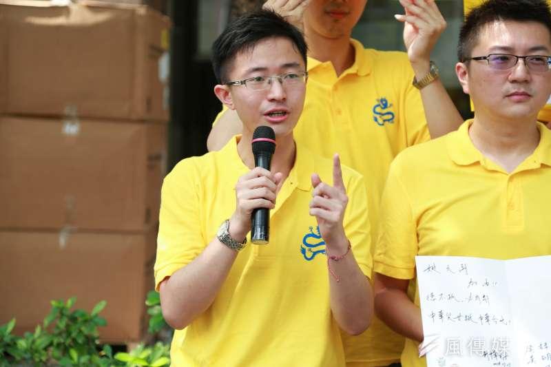 因案遭境管的新黨市議員侯漢廷將跟台北市長柯文哲訪美,台北地院裁定解除境管9天。(資料照片,簡必丞攝)