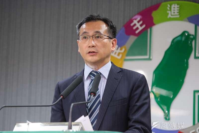 民進黨發言人鄭運鵬說明1020高雄大遊行。(資料照片,顏麟宇攝)