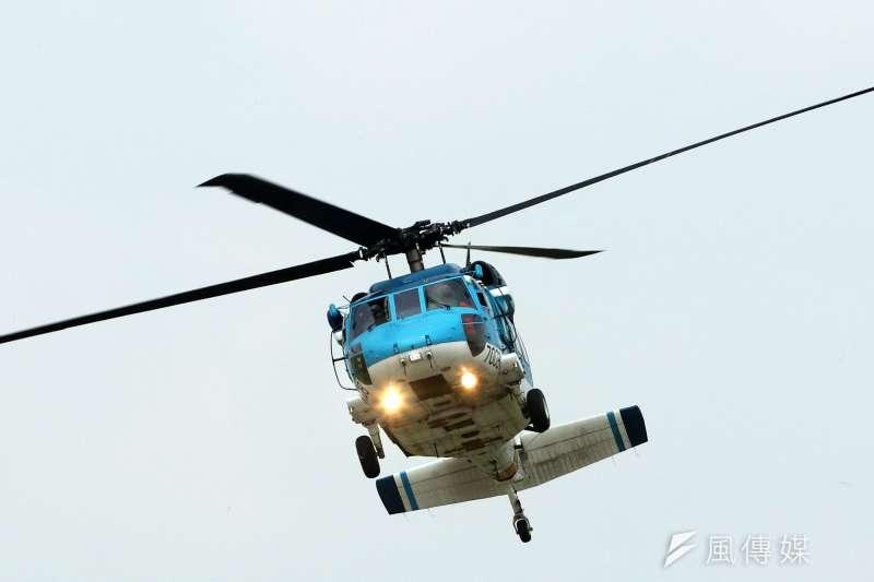 20180808-空軍救護隊S-70C直升機動態飛行展示。(蘇仲泓攝)