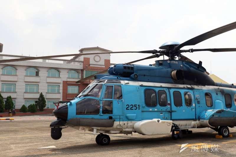 20180808-空軍救護隊EC-225直升機靜態展示。(蘇仲泓攝)