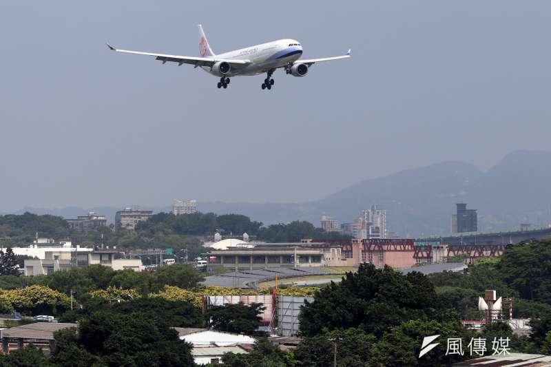 華航CI4班機從台北飛往舊金山途中,傳出有一名外籍乘客在飛機上死亡。示意圖,與新聞事件無關。(風傳媒資料照)