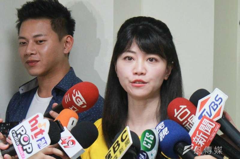 20180815-民進黨市議員高嘉瑜15日在議會受訪。(方炳超攝)