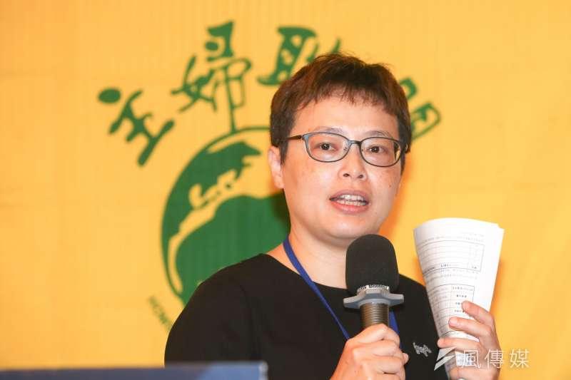 賴曉芬 ,主婦聯盟環境保護基金會董事長,出席20180815-主婦聯盟舉行「要求公部門屋頂的太陽光電,優先讓公民共享」記者會。(陳明仁攝)