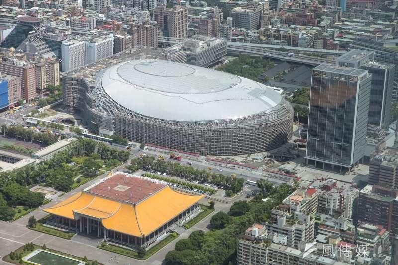 台北市都市設計審議委員會3日上午召開會議,進行大巨蛋案審議。(資料照,顏麟宇攝)