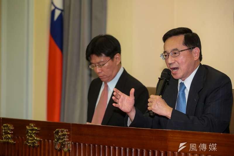 監察委員張武修(右)、高涌誠(左)針對台大校長遴選引發爭議,對教育部及台大提出糾正。(顏麟宇攝)