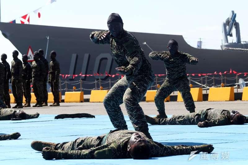 20180822-海軍蘇澳基地營區開放,陸戰隊官兵帶來精彩動態操演。(蘇仲泓攝)