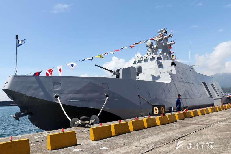 20180822-海軍蘇澳基地營區開放,展示沱江軍艦。(蘇仲泓攝)