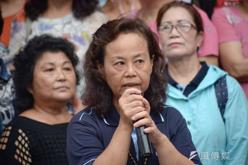 20180824-RCA二軍開庭記者會,RCA員工關懷協會會長劉荷雲。(甘岱民攝)