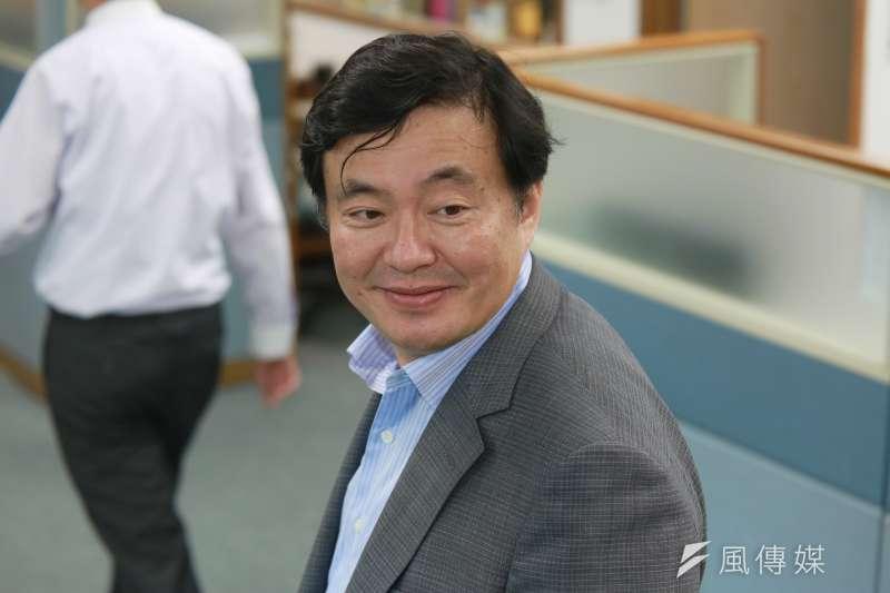 20180829-民主進步黨秘書長洪耀福今日出席民進黨中常會。(簡必丞攝)