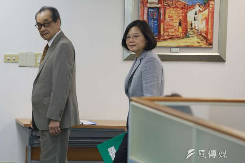 20180829-總統蔡英文今日出席民進黨中常會。(簡必丞攝)