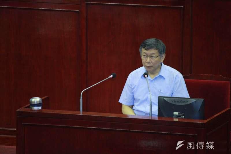 針對洛德城堡親子水上樂園性侵案,台北市長柯文哲30日前往市議會接受備詢時表示,沒辦法保證沒這種暴力犯罪,但台北市監視器滿發達的、犯罪成本滿高,破案都是幾個鐘頭在計算的。(方炳超攝)