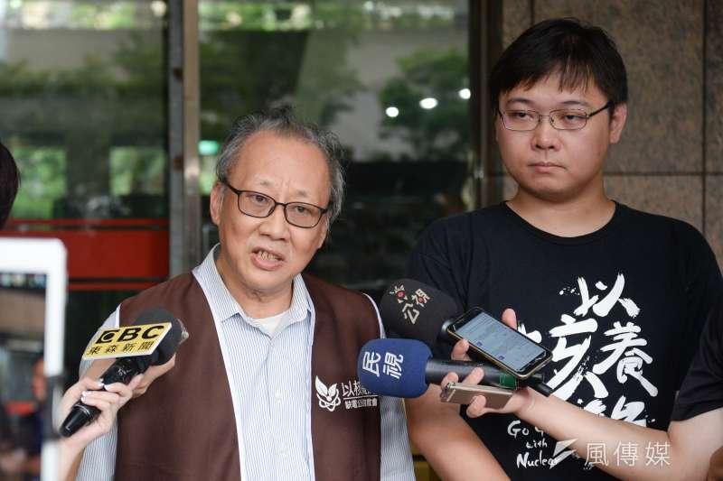 清華大學原子科學院院長李敏(左)今回應,希望行政院安排場地與時間,讓專家來向大眾說明核廢料處置。(資料照,甘岱民攝)
