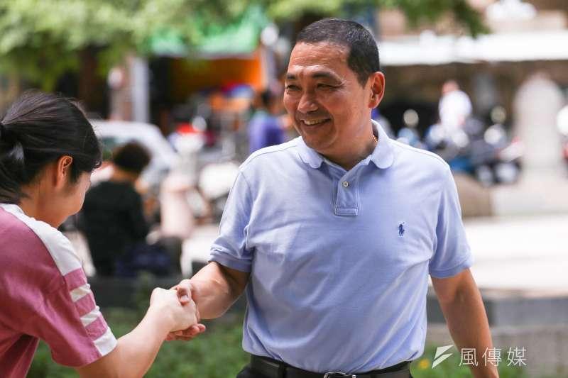 民進黨新北市長候選人蘇貞昌批評,促轉會事件侯友宜「最沒資格講話」,侯則回酸,他不會操作選舉。(資料照,陳品佑攝)