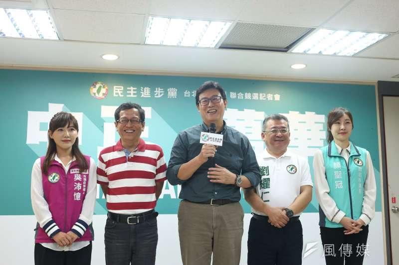 民進黨台北市長參選人姚文智回應民調第三問題。(資料照片,陳品佑攝)