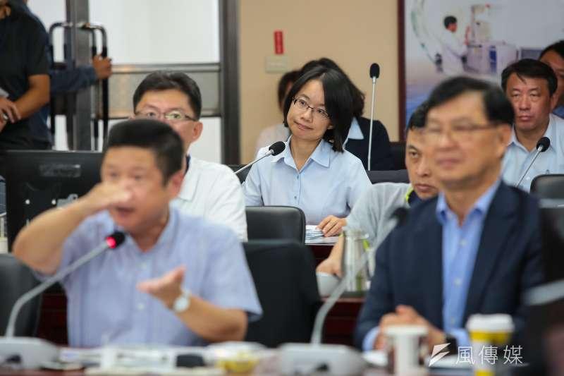 20180911-北農總經理吳音寧11日出席市議會財政委員會「第一果菜市場改建案」專案報告。(顏麟宇攝)