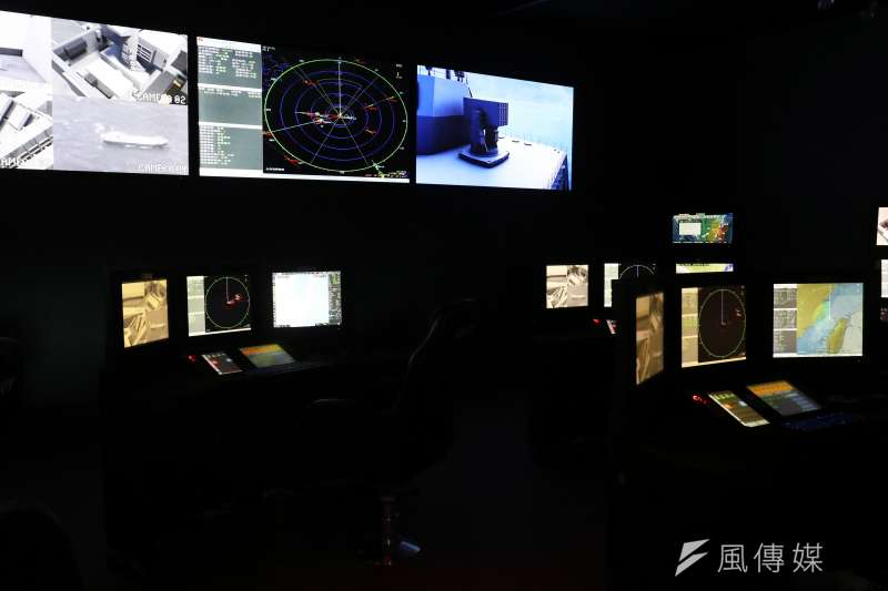 20180927_高雄海事國防工業展,國防部這次在會場內展示新型海軍艦艇戰情室,相當特別。(蘇仲泓攝)