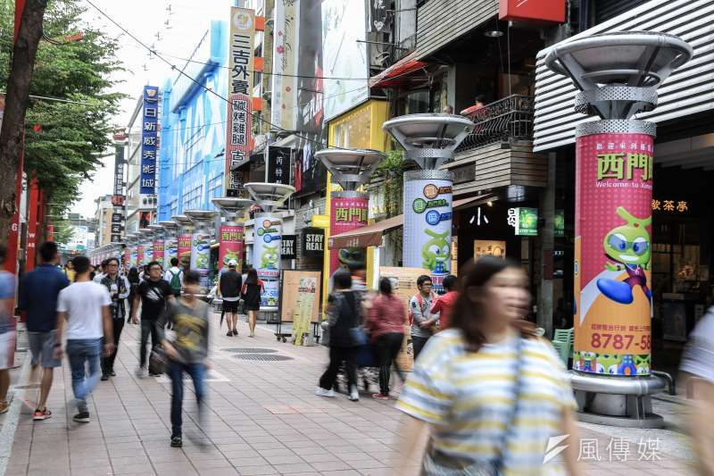 台北日新威秀影城今天在臉書公告,因租約到期將於9月結束營業。(簡必丞攝)