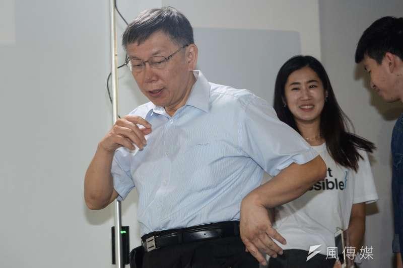 時代力量台北市5位議員參選人,今發聯合聲明挺柯文哲(左),表示葛特曼的書不足以證實柯從事活摘器官或器官仲介。(資料照,甘岱民攝)