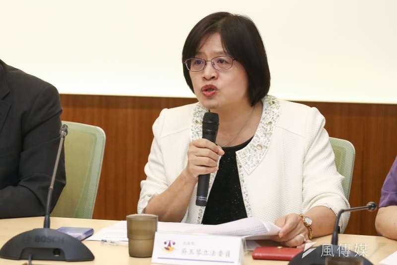 20181001-強制執行法修正對債務人影響說明記者,圖為立委吳玉琴。(陳品佑攝)