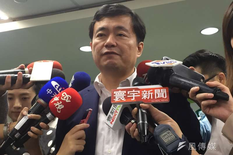 民進黨秘書長洪耀福(見圖)說,葛特曼來台,百分之一萬和民進黨無關,強調「柯文哲會相信我」。(顏振凱攝)