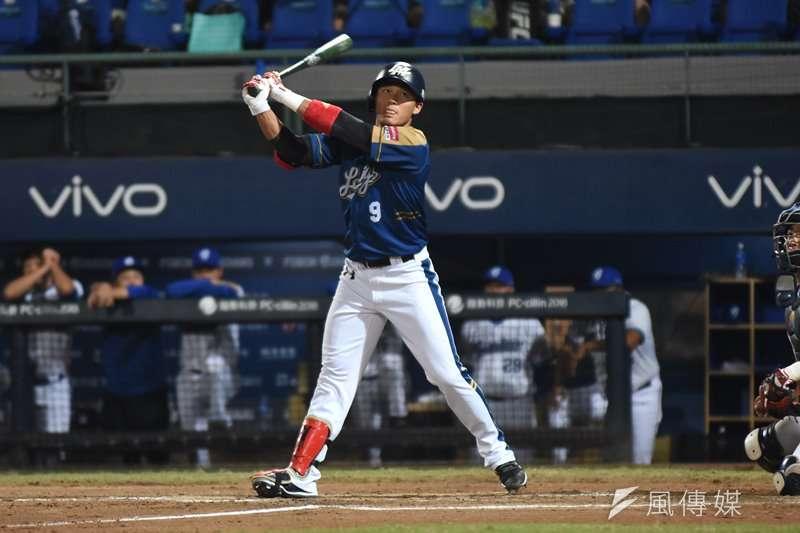 王柏融開出加盟日本職棒第一轟。(資料照,王永志攝)