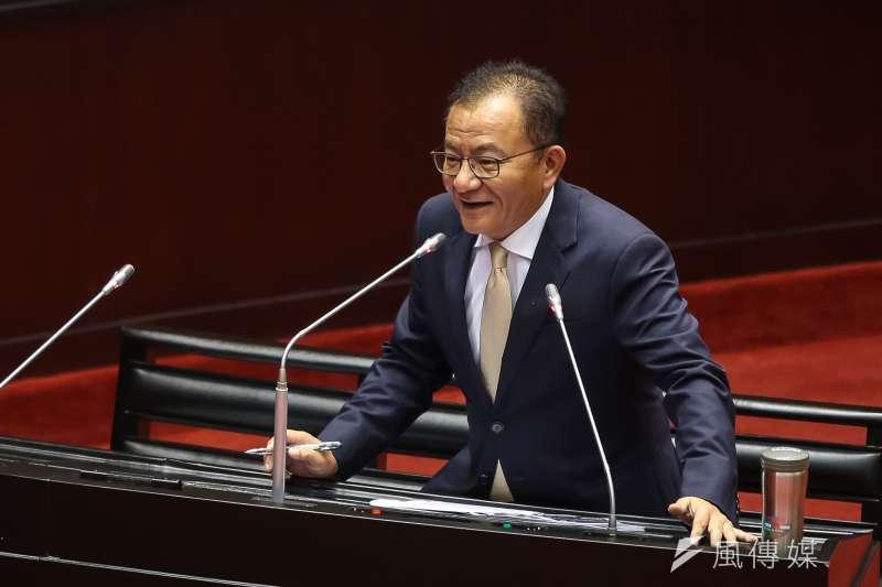20181009-民進黨立委高志鵬9日於立院質詢。(顏麟宇攝)