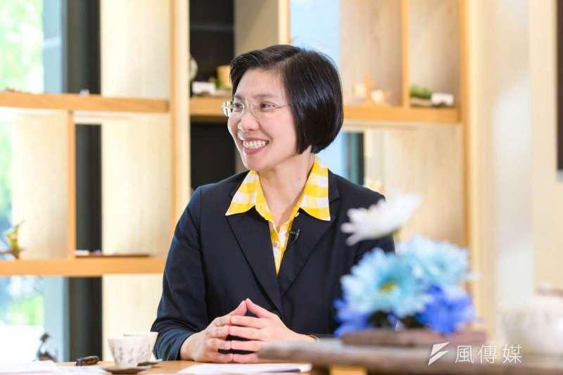 徐欣瑩具有女性纖細堅忍的特質,未來將以尋常生活的務實精神,經營新竹縣。(林世文攝)
