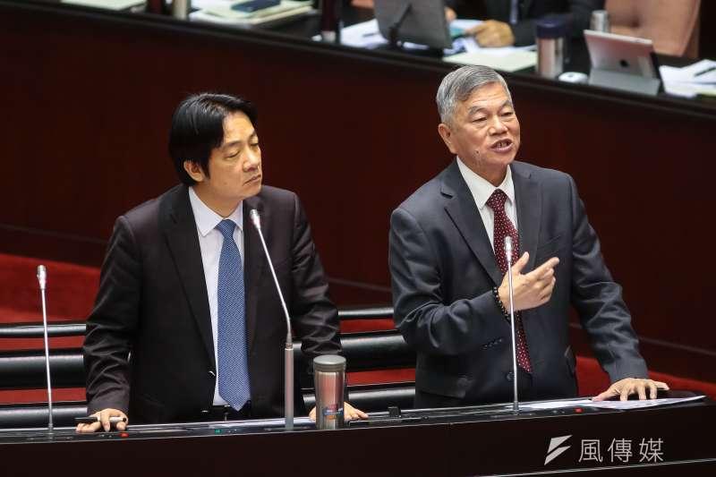 行政院長賴清德、經濟部長沈榮津(右)12日於立院備詢。(顏麟宇攝)