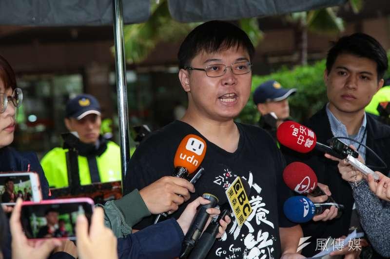 「以核養綠」公投未成案,以核養綠公投連署領銜人黃士修12日表示,今天絕對是台灣民主史上最黑暗的一天。(顏麟宇攝)