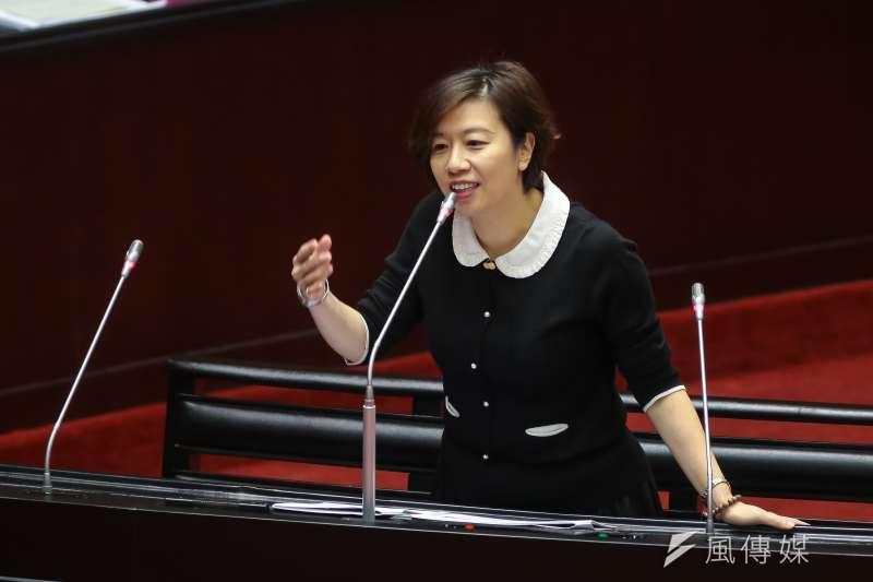 對於金馬統獨爭議,民進黨立委林靜儀在個人粉專發文力挺傅榆,強調「台灣中國一邊一國誰在跟你一家親」。(資料照,顏麟宇攝)